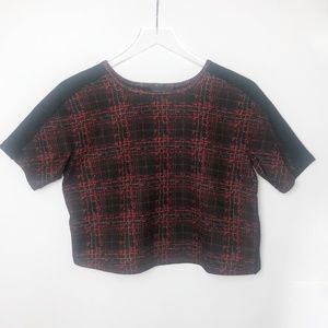 Romeo & Juliet Couture   Boxy Red & Black Crop Top